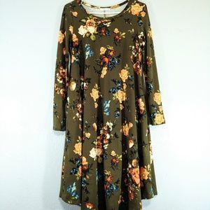 Reborn J Olive Floral Swing Dress Small